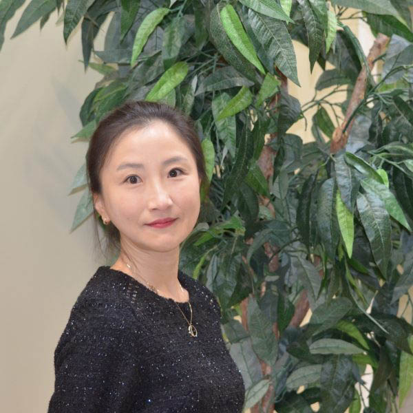 June Kim – Accounting Manager