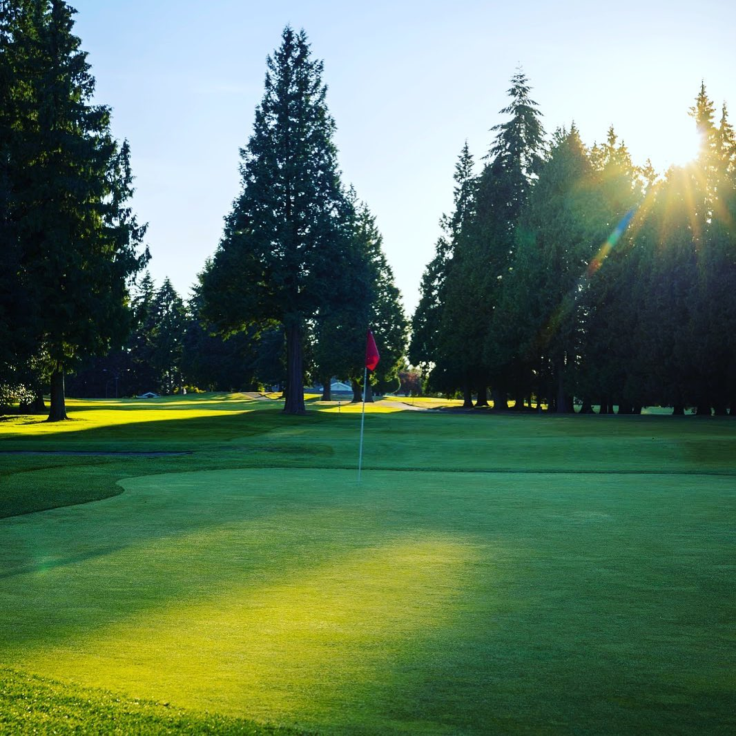 Plan on booking a tee time @musqueamgolf? The outstanding facility is owned by M